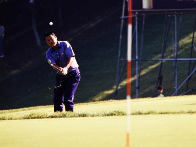 画像: 1988年ゴルフダイジェストトーナメント最終日18番
