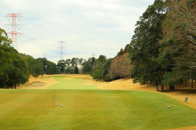 画像: 平川カントリークラブ コース全長7206Y。アスリート志向のゴルファーも楽しめるチャンピオンコース