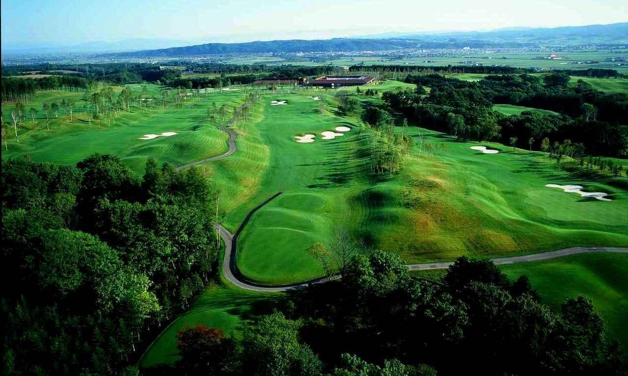 画像: 【北海道ゴルフ旅】ユニ東武ゴルフクラブ。水と光と風、北海道の大自然を感じる注目のコース。設計は水の魔術師 小林光昭 - ゴルフへ行こうWEB by ゴルフダイジェスト