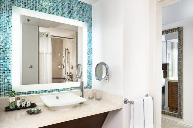 画像: マイラニタワー バスルーム
