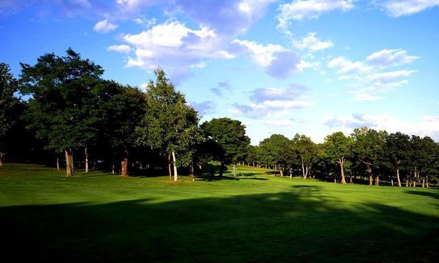画像: 【北海道・名コース】日本のベスト100コースを回る。「小樽」「輪厚」2日間 2ラウンド - ゴルフへ行こうWEB by ゴルフダイジェスト
