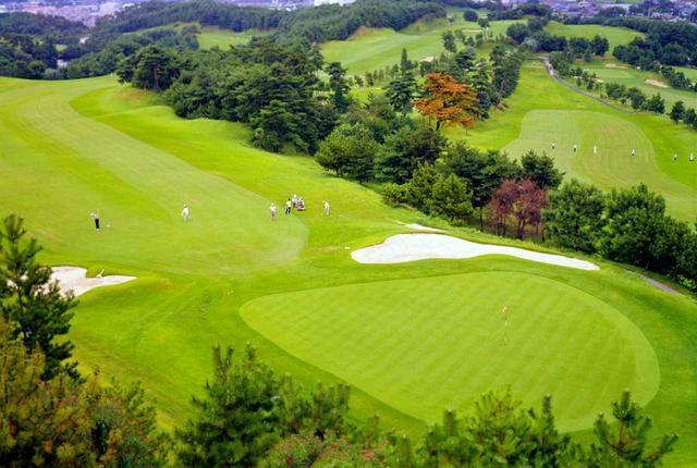 画像: 茨木国際ゴルフ倶楽部 東コース9番(495Y・P5)