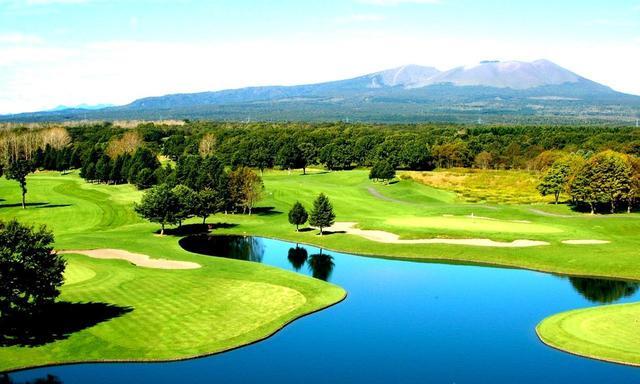 画像: 【樽前カントリークラブ】樽前山南麓の敷地に上田治が設計。OBは外周のみもコースレートは75.6の難コース - ゴルフへ行こうWEB by ゴルフダイジェスト