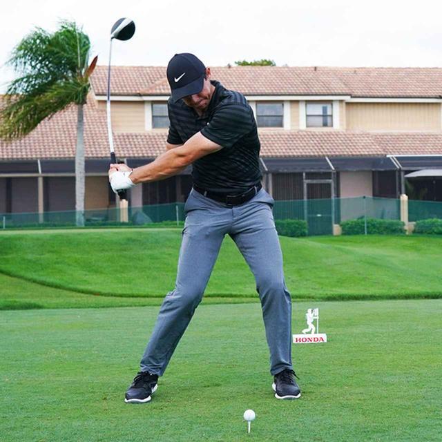 画像2: 【振り切る①】当てにいくから曲がる。プロが実践する「振り切って球まっすぐ!」メソッド