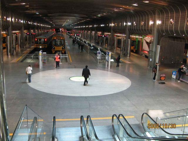 画像: オークランド駅