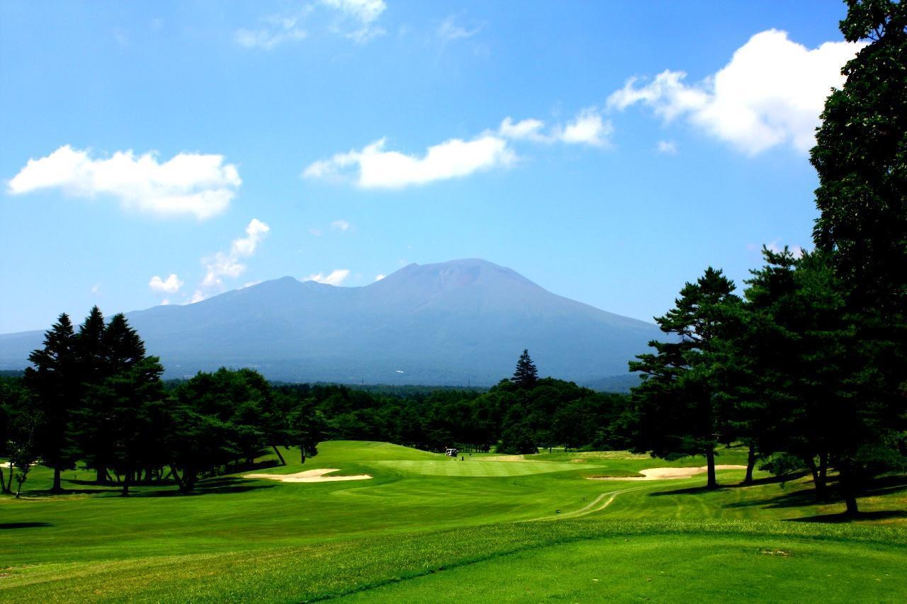 画像: 【長野・軽井沢】R・T・ジョーンズJrが日本に初めて造った「危険と報酬」の軽井沢72東コースに挑戦。初日は大浅間GC 2日間 2プレー - ゴルフへ行こうWEB by ゴルフダイジェスト