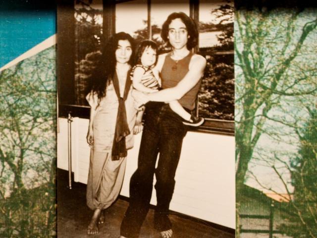 画像: 万平ホテルで撮影されたジョン・レノン夫妻