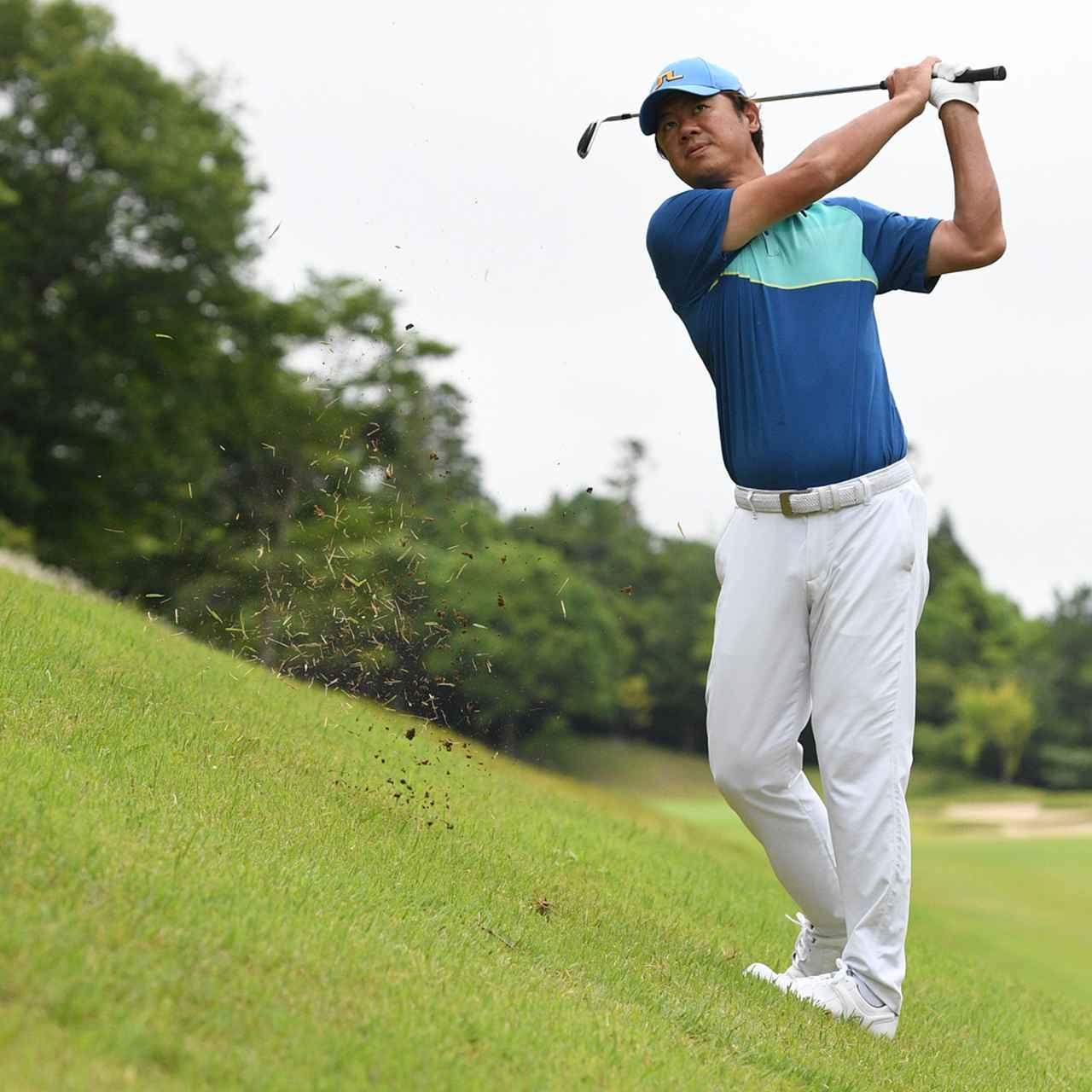 画像5: 【傾斜地アイアン】夏ゴルフ、つま先上がりの斜面ラフに止まった。かなりの急傾斜から上手く打つには…。(後編)