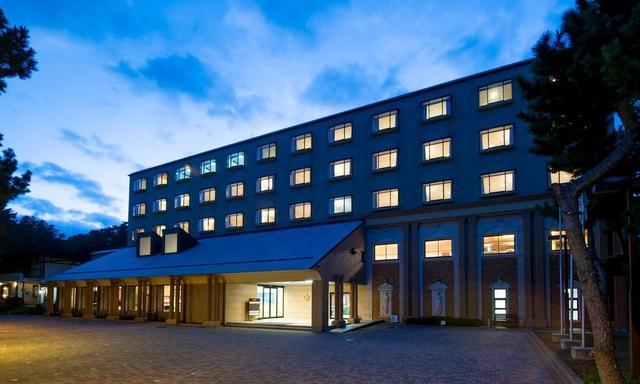 画像: 大洗GCから続く松林の中にある大洗パークホテル