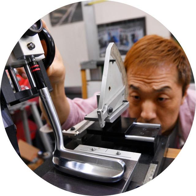 画像: 【解説】山崎康寛さん カリスマクラフトマンにしてトップアマ。プロも通うゴルフ工房「スタジオCGA」代表。自身もL字パター好きで、常連客にもL字を勧めることが多いという。
