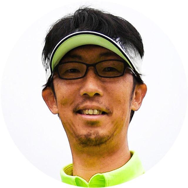 画像: 【解説】坂田雅樹プロ 福岡県出身。父である坂田信弘プロの元でプロになり、坂田塾のコーチと大手前大学ゴルフ部の監督を務める。プロの試合でも活躍するアマチュアの安田祐香を育て上げた