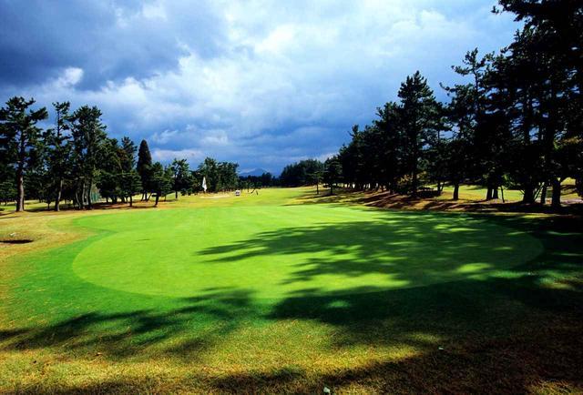 画像: 米子ゴルフ場(18H・P72)上田治による海浜林間コース