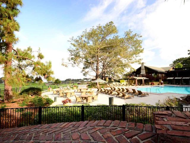 画像: 五つ星ホテル「ザ・ロッジ・アット・トーリーパインズ」のプール