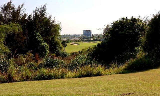 画像: 【ベトナム・ダナン】モンゴメリー ゴルフリンクス。砂地の中にフェアウェイ、超高台から打ち下ろし…日本にはない独特コース - ゴルフへ行こうWEB by ゴルフダイジェスト