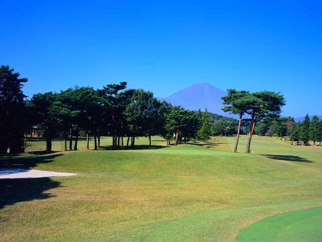 画像: 富士コース 4番ホール(356Y・P4)