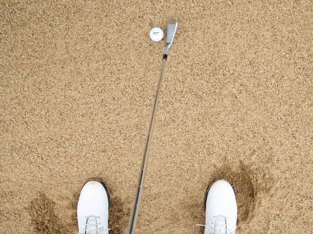 画像: ボールはやや右寄り