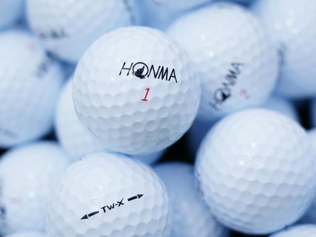 画像: 計測用ボールは優れた飛距離&スピン性能をそなえたウレタン3ピースボール「TW-X」(本間ゴルフ)で統一