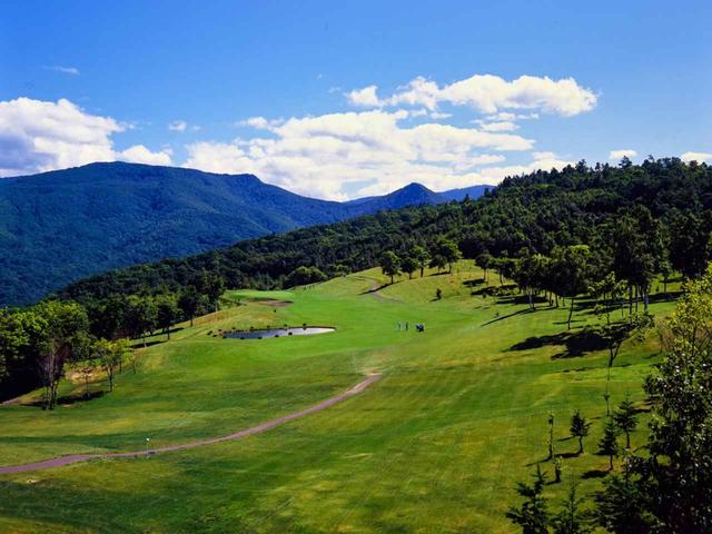 画像: 札幌ゴルフ倶楽部朝里コース。北海道の上田治設計コースは、札樽と樽前の2コース