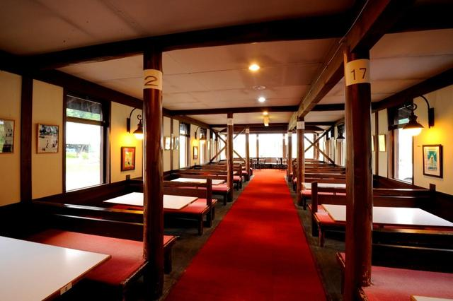 画像: クラブハウスのレストラン