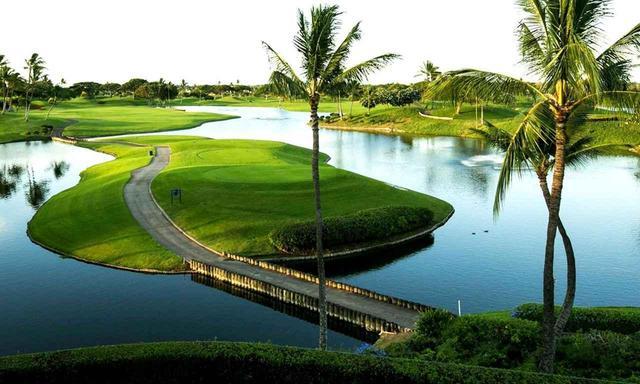 画像: 【ハワイ・オアフ島】厳選15コースから選んでゴルフ。宿泊はワイキキビーチのランドマーク「ロイヤルハワイアン」 5日間 2プレー(現地係員/送迎付き) - ゴルフへ行こうWEB by ゴルフダイジェスト