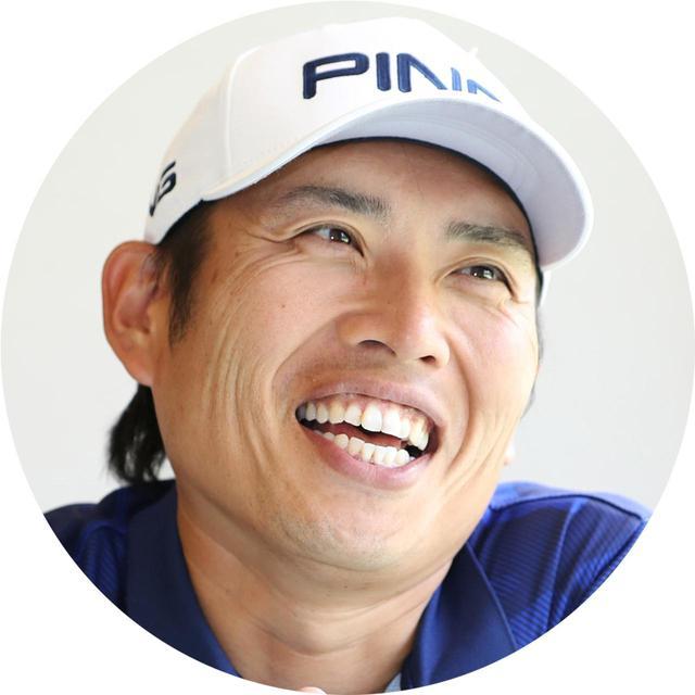 画像: あおきしょう。1983年3月2日生まれ、福岡県出身。大学を卒業後、プロを目指すも27歳のときにティーチングの道を志す。2012年に自身のアカデミー「ASGA」を設立。渋野を始め、数々のツアープロや有望なアマチュアゴルファーの育成を行っている
