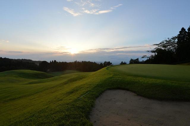 画像: 【神戸ゴルフ倶楽部】神戸六甲山に英国人A・H・グルームが4ホールのゴルフ場を造った。日本ゴルフ場史の発祥 - ゴルフへ行こうWEB by ゴルフダイジェスト