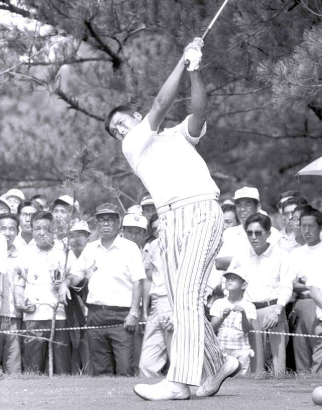 画像: 1971年日本プロ。プロデビュー2年目で初優勝を遂げた
