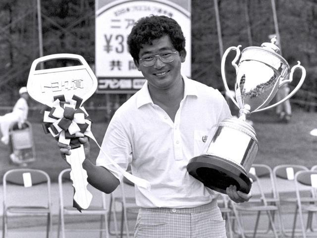 画像: 1982年、83年と2年連続で賞金王に輝いた中嶋常幸(85年・86年にもタイトルを獲得)