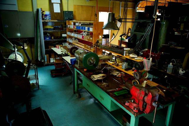 画像: ほとんどの工程を千葉の自社工場で行う。日本のものづくりの灯りを絶やさないという想いがあるという
