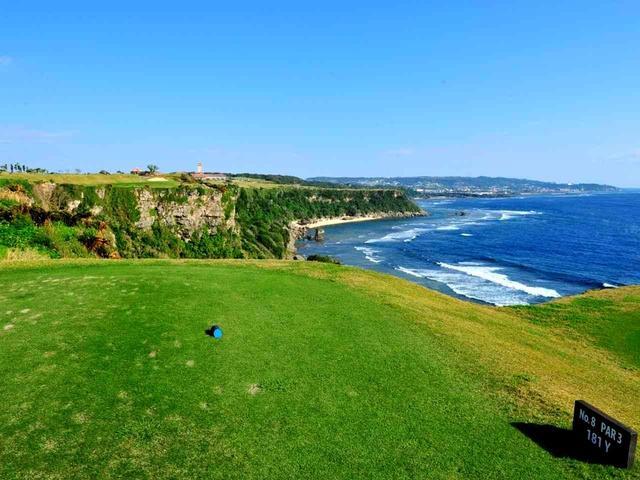 画像: 8番(181Y・P3) 太平洋越えホール。風の影響を受けやすく、クラブ選択が重要
