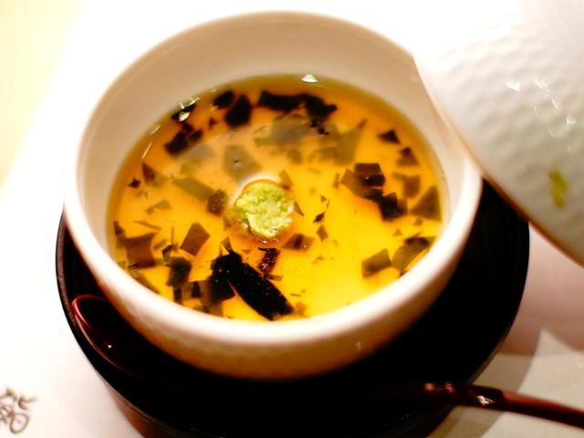 画像: 茶碗蒸し、デザートももちろんある。