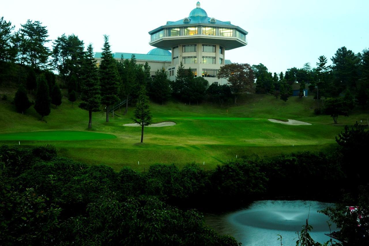 画像: 花屋敷ゴルフ倶楽部(よかわコース)18番パー4