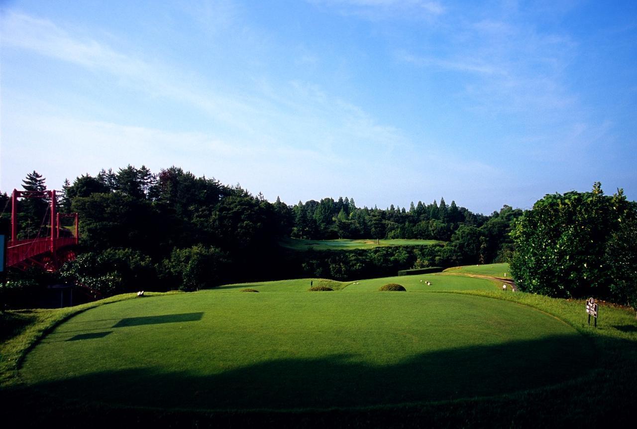 画像: 花屋敷ゴルフ倶楽部(よかわコース)3番パー3