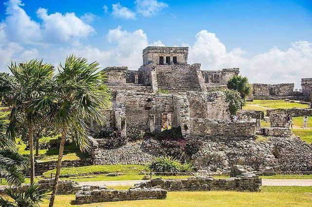 画像: 世界遺産メキシコ マヤ文明の象徴であるチチェン・イッツァ遺跡はじめ古代遺跡がたくさん残る歴史の町でもあります