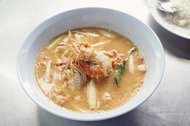 画像: 代表的なタイ料理「トムヤムクン」