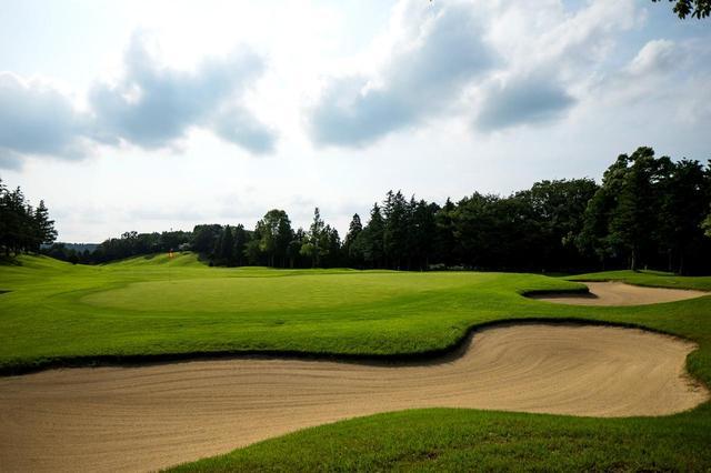 画像: 「ゆとりあるゴルフ」をテーマに造られたコースは、フェアウェイが広く、起伏もなだらか