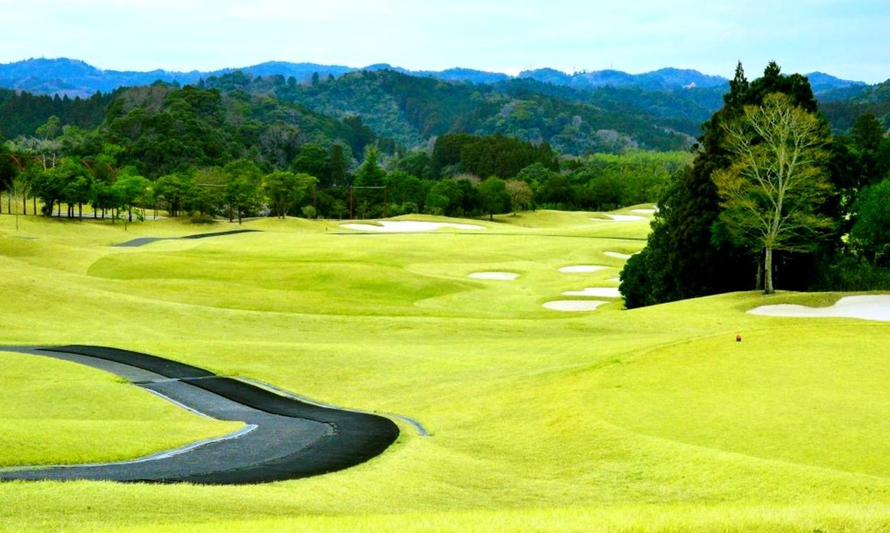 画像2: 大多喜城ゴルフ倶楽部(27H・10372Y・P108)設計はG・プレーヤーと金田武明