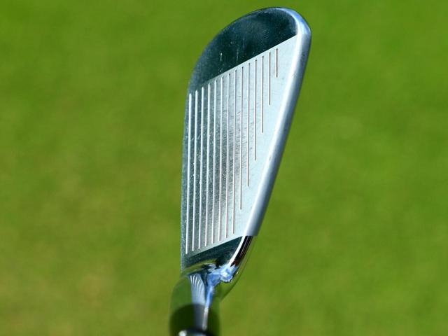 画像3: 打感の良さはもちろん、球の左右高低を自在に打ち分けられる操作性のよさがウリ