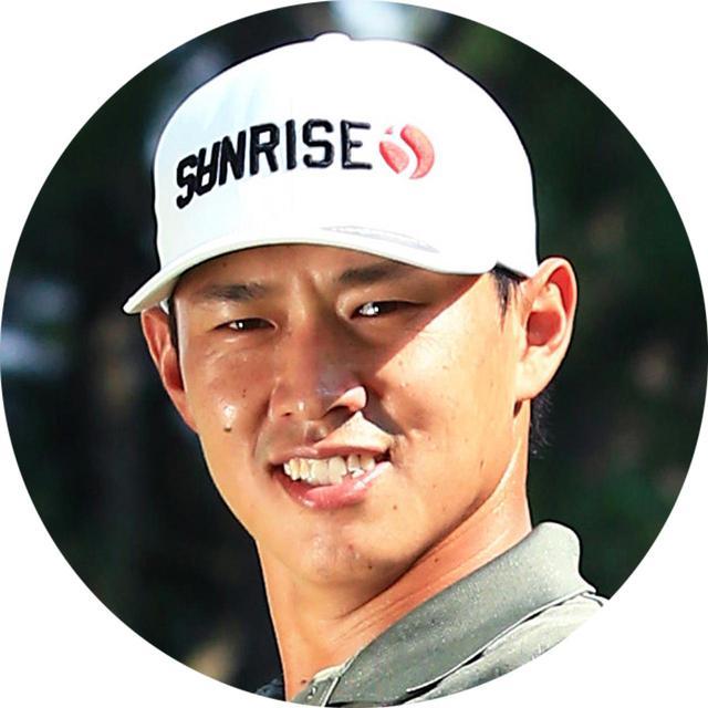 画像: 【腕の使い方担当】中西直人プロ なかにしなおと。1988年生まれ大阪府出身。ツアープロのなかでもスウィングマニアとして有名。今シーズンはシード獲得へ向け奮闘中