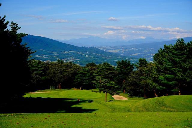 画像: 椎名コース7番(172Y・P3)榛名山系の絶景