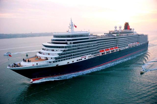画像: クイーン・エリザベス号 2010年就航、乗船人数:2081名、9万900トン、全長294㍍