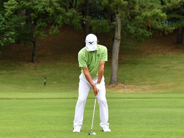 画像1: 【右脳ゴルフ②】桑原克典プロが気づいた技術の原点。自分の前からクラブを外さず振るだけ