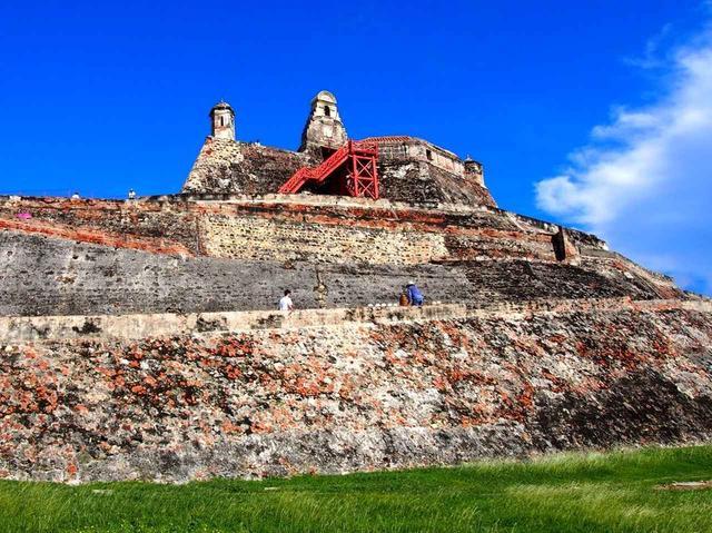 画像: サンフェリペ要塞の遺構