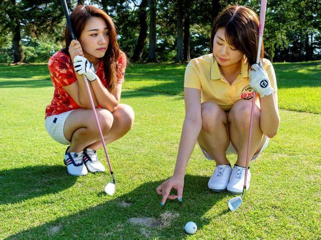 画像: 【新ルール】めくれ上がった芝を押さえつけた。これって罰あり? - ゴルフへ行こうWEB by ゴルフダイジェスト