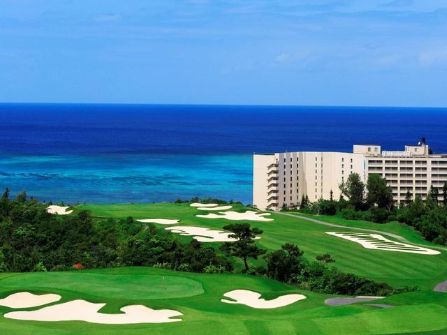 画像: PGMゴルフリゾート沖縄(グリーンはバミューダ芝のティフトン)