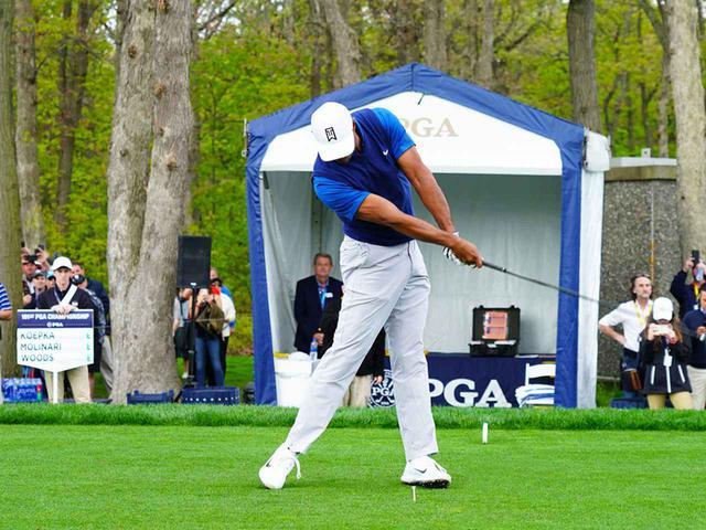 画像4: 【タイガー・ウッズ】PGAツアー82勝の偉業達成。43歳の新スウィングは手首が自然にリリース。体にやさしい、アマのお手本!