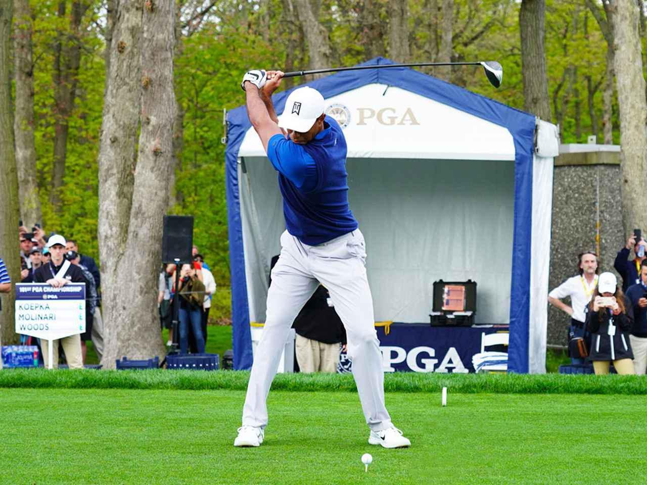 画像2: 【タイガー・ウッズ】PGAツアー82勝の偉業達成。43歳の新スウィングは手首が自然にリリース。体にやさしい、アマのお手本!