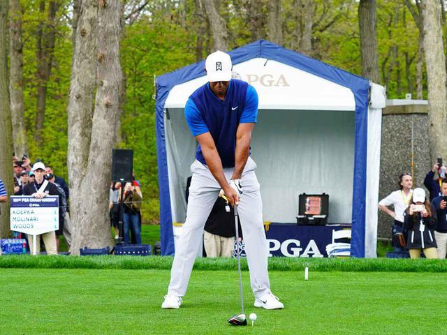 画像1: 【タイガー・ウッズ】PGAツアー82勝の偉業達成。43歳の新スウィングは手首が自然にリリース。体にやさしい、アマのお手本!