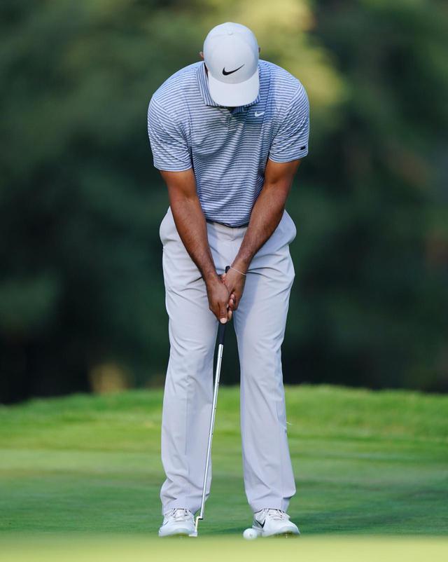 画像2: 【名手のパット】入る握り方に3つの流派。PGAツアーのパッティンググリップ、タイガー・マキロイ・松山・スピース…