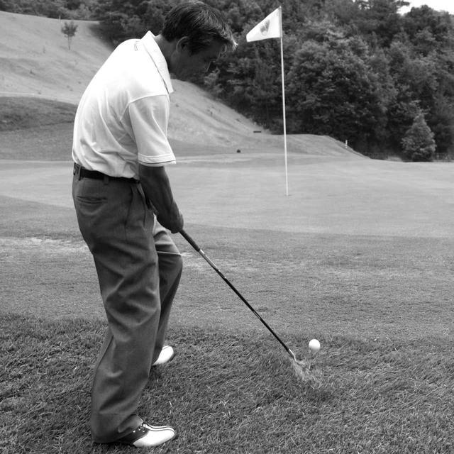 画像2: 【通勤GD】高松志門・奥田靖己の一行レッスンVol.43 アプローチの打ち方を磨く練習法 ゴルフダイジェストWEB